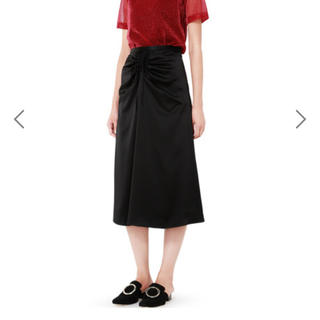 ルシェルブルー(LE CIEL BLEU)の サテンドローストリングフレアスカート(ひざ丈スカート)