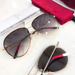 Gucci -  GUCCIルイヴィトンのサングラス