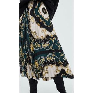 ザラ(ZARA)の完売品 ザラ S プリント柄 プリーツスカート スカーフ柄 チェーン柄 サンダル(ロングスカート)