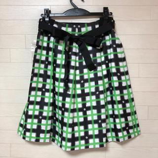 ギャラリービスコンティ(GALLERY VISCONTI)のベルトつきフレアースカート サイズ3 ギャラリービスコンティ 新品(ひざ丈スカート)