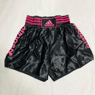 アディダス(adidas)のアディダス ムエタイ キックボクシング 黒×ピンク XXS〜XX L(ボクシング)