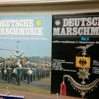 ソニー(SONY)のドイツ·マーチの全て第1集、第2集/西ドイツ空軍軍楽隊。(LPレコード2枚組)(クラシック)