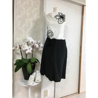 エポカ(EPOCA)のイタリア製麻混クシュクシュローズスカート(ひざ丈スカート)