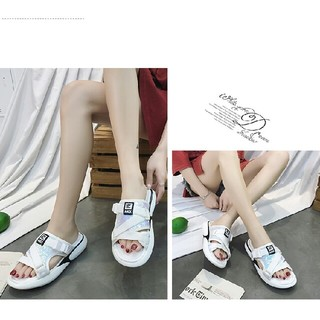 スリッパ女性の摩耗2019の新しい韓国スタイルの学生ネット赤単語ドラッグ(ビーチサンダル)