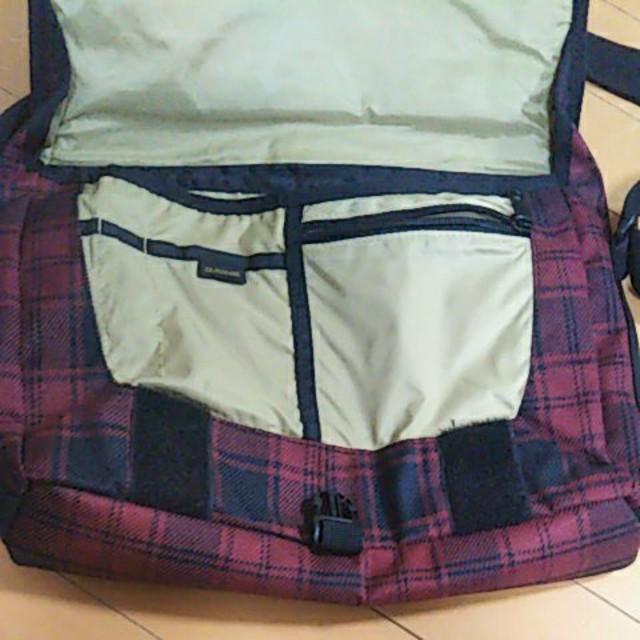 Dakine(ダカイン)のダカイン メッセンジャーバッグ DAKINE サーフィン スケボー ピスト メンズのバッグ(バッグパック/リュック)の商品写真