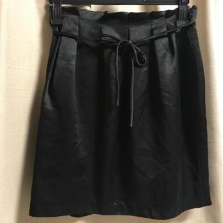 クローラ(CROLLA)のサテンスカート(ひざ丈スカート)