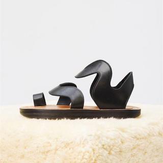 セリーヌ(celine)のCELINE wave sandal hiker セリーヌ サンダル フラット(サンダル)