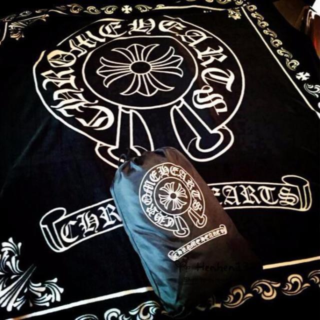 Chrome Hearts(クロムハーツ)のクロムハーツ 毛布 ブランケット 大判 インテリア/住まい/日用品の寝具(毛布)の商品写真
