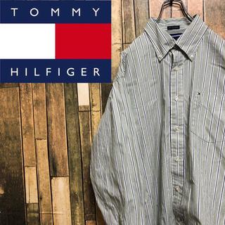 トミーヒルフィガー(TOMMY HILFIGER)の【レア】トミーヒルフィガー☆ワンポイント刺繍ロゴ入りストライプシャツ(シャツ)