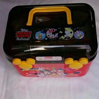 ディズニー(Disney)の明治THEチョコレート3個  ディズニー ミッキーマウス トランクお菓子ボックス(菓子/デザート)