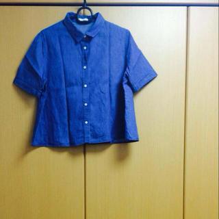 ジーユー(GU)のデニムシャツ♡(シャツ/ブラウス(半袖/袖なし))