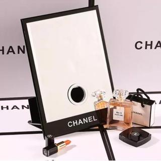 シャネル(CHANEL)のCHANEL 卓上ミラー 鏡 ティッシュディスペンサー 大 非売品(卓上ミラー)