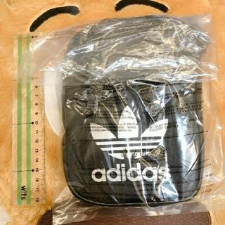 アディダス(adidas)のアディダス ポーチ ショルダー(ボディバッグ/ウエストポーチ)