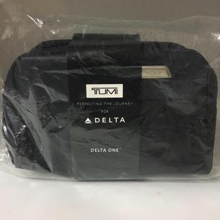 デルタ航空のビジネスクラスアメニティーの ソフトケースおまけ付き