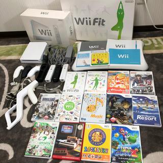 ウィー(Wii)のWii WiiU 本体 バランスボード ソフト12本(家庭用ゲーム本体)