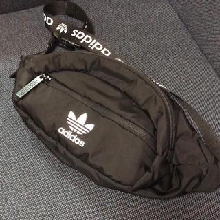 アディダス(adidas)のアディダスオリジナルス ウエストポーチ(ボディバッグ/ウエストポーチ)