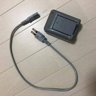 オリンパス(OLYMPUS)のオリンパス純正!充電池、充電器セット(バッテリー/充電器)