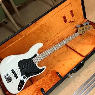 フェンダー(Fender)のFender USA American Vintage '74 Jazz Bas(エレキベース)