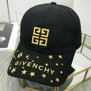 ジバンシィ(GIVENCHY)のGivenchy ジバンシイ 帽子 キャップ 黒 星柄(キャップ)