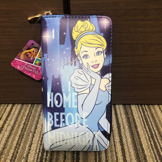 ディズニー(Disney)のWallet(財布)