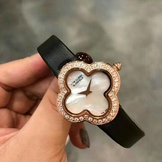 Van Cleef & Arpels - 大人気の ヴァンクリーフ&アーペル腕時計 レディース 新品