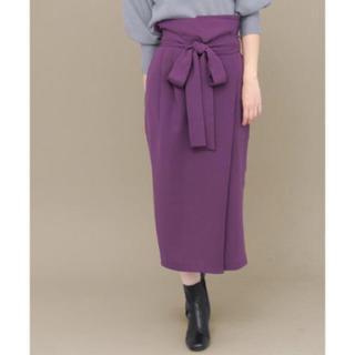 ケービーエフプラス(KBF+)のkbf + ウエストリボンラップスカート  (ひざ丈スカート)