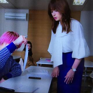 エイチアンドエム(H&M)のはじこい第9話☆深田恭子さん着用スカート&ブラウス(セット/コーデ)