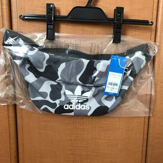 アディダス(adidas)のアディダス オリジナルス ウエストバッグ ボディーバッグ(ボディバッグ/ウエストポーチ)