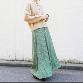 LOWRYS FARM - 人気♡ローリーズファーム花柄スカート ハナマーメイドスカート 824331