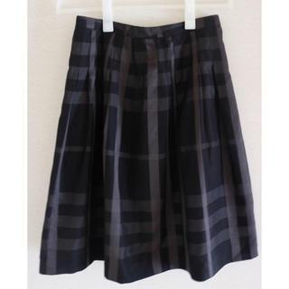 バーバリー(BURBERRY)のシロちゃん様 専用美品 Burberry チェックフレアスカート(ひざ丈スカート)