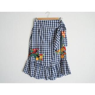 ザラ(ZARA)のZARA 刺繍入りギンガム スカートS紺(ロングスカート)