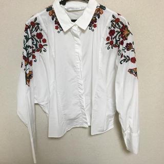 ZARA - ZARA 刺繍シャツ