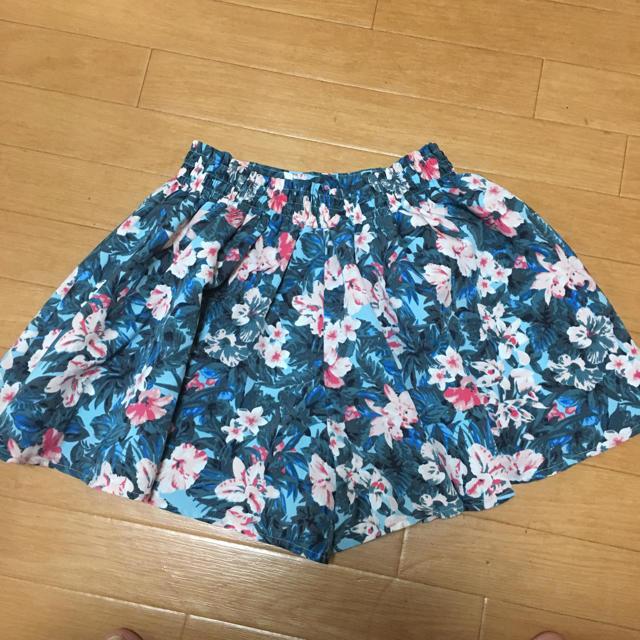 GU(ジーユー)の130cm♡キュロットスカート♡ キッズ/ベビー/マタニティのキッズ服 女の子用(90cm~)(スカート)の商品写真