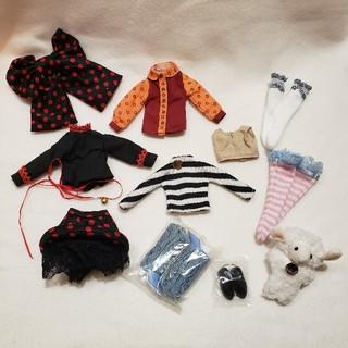 タカラトミー(Takara Tomy)のネオブライス☆アウトフィット デフォルト+MIX☆服 ドレス 小物(その他)