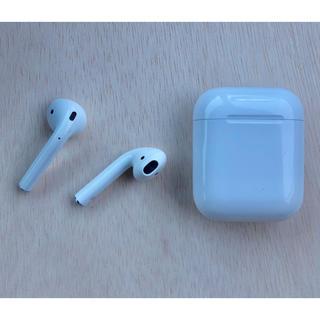 アップル(Apple)の☆AirPods Apple アップル エアポッズ イヤホン☆(ヘッドフォン/イヤフォン)