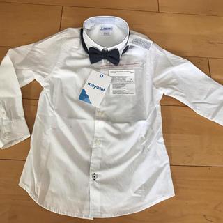 ラルフローレン(Ralph Lauren)の新品未使用 mayoral 白シャツ 4Y 日本未上陸(ドレス/フォーマル)