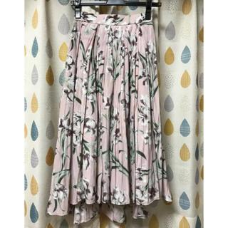 ココディール(COCO DEAL)の花柄スカート(ひざ丈スカート)