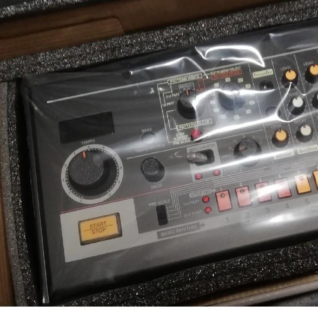 Roland(ローランド)のRoland TR 08 定価49680 楽器のDTM/DAW(音源モジュール)の商品写真