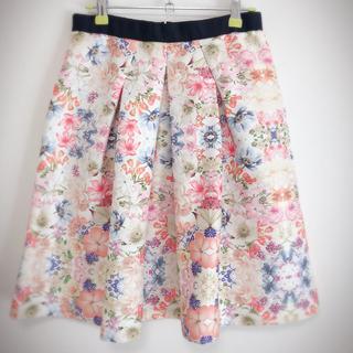 フリッカ 花柄フレアスカート(ひざ丈スカート)