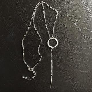 ジーユー(GU)のGU ネックレス サークル&バー シルバーカラー  (ネックレス)