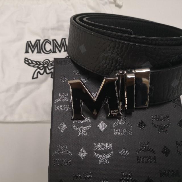 MCM(エムシーエム)のMCM 新品未使用 ベルト ブラック メンズのファッション小物(ベルト)の商品写真