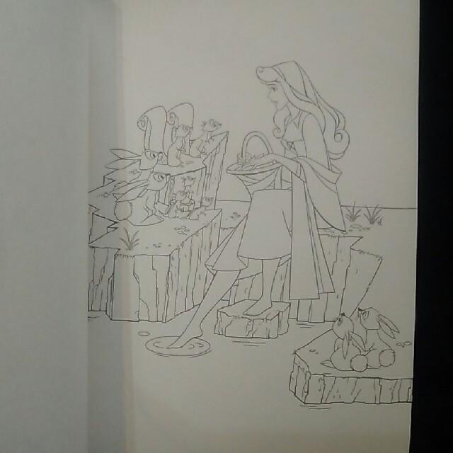 大人の塗り絵ディズニープリンセス