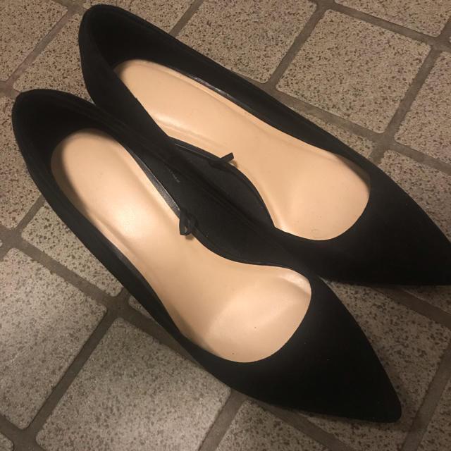 GU(ジーユー)の(専用)GU マシュマロポインテッドパンプス レディースの靴/シューズ(ハイヒール/パンプス)の商品写真