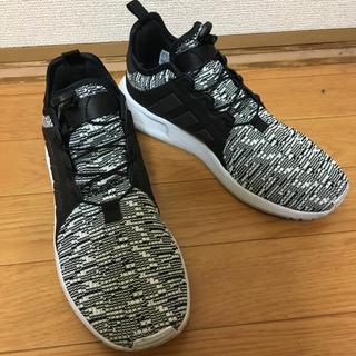 アディダス(adidas)のadidasスニーカー 美品!!メンズ レディース 25.5cm 送料込(スニーカー)
