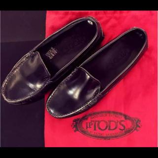 トッズ(TOD'S)のTOD'Sのローファー サイズ5(ローファー/革靴)