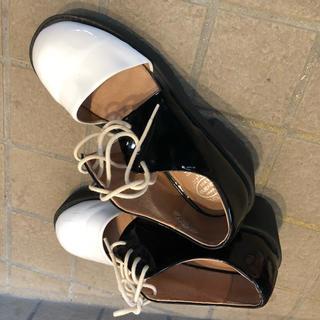 ジェフリーキャンベル(JEFFREY CAMPBELL)のジェフリーキャンベル 美品  靴 (ローファー/革靴)