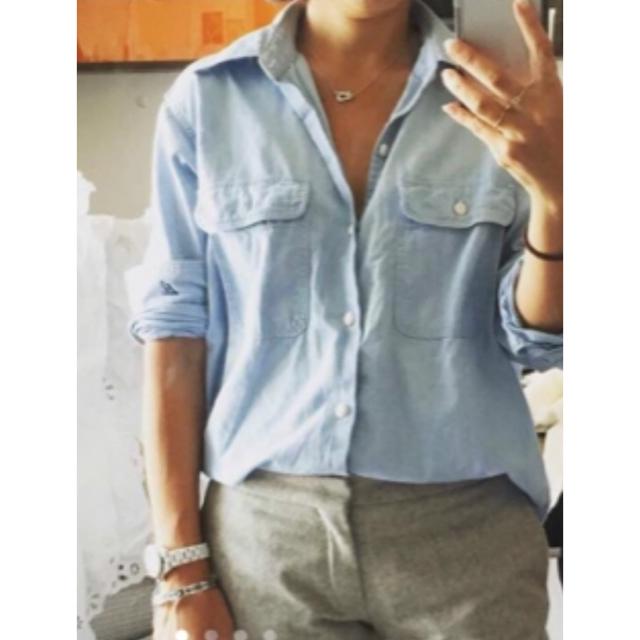 MADISONBLUE(マディソンブルー)の美品 マディソンブルー トンプソン シャンブレー シャツ デニムシャツ レディースのトップス(シャツ/ブラウス(長袖/七分))の商品写真