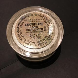セフォラ(Sephora)の新品⌘アナスタシアビバリーヒルズ ハイライター Snowflake シルバー(フェイスカラー)
