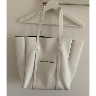 バレンシアガバッグ(BALENCIAGA BAG)のバレンシアガ ホワイトレザートートバック グアム正規店購入(トートバッグ)