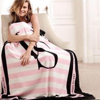 ヴィクトリアズシークレット(Victoria's Secret)の新品未使用 正規品 Victoria's Secret  ブランケット❶(毛布)
